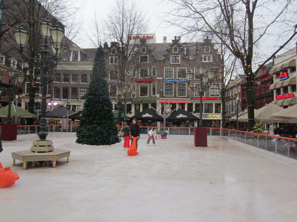 Leidseplein in the winter