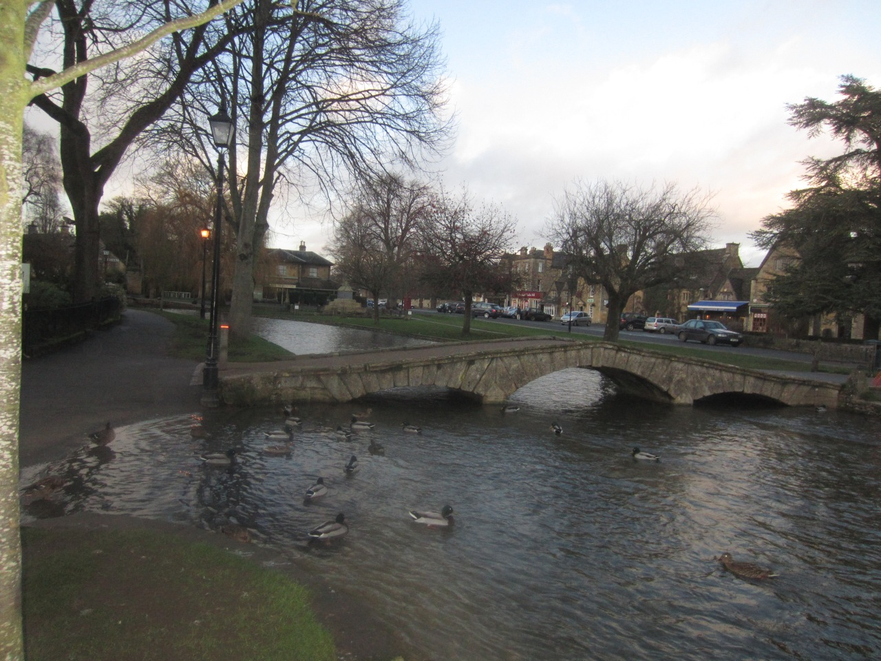 Bourton-on-the-Water: Venice of theCotswolds