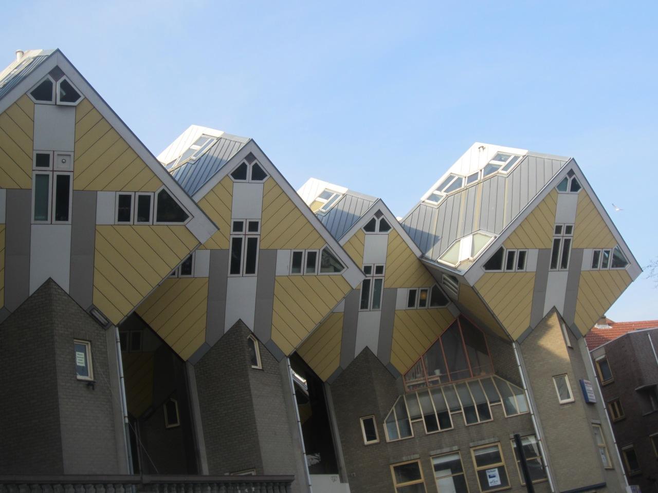 A walk around Rotterdam's waterfront