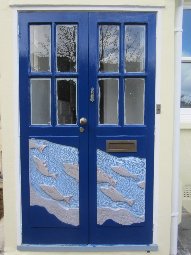 I'm actually on the lookout for a new front door for my house - reckon this one would look good in Coventry?