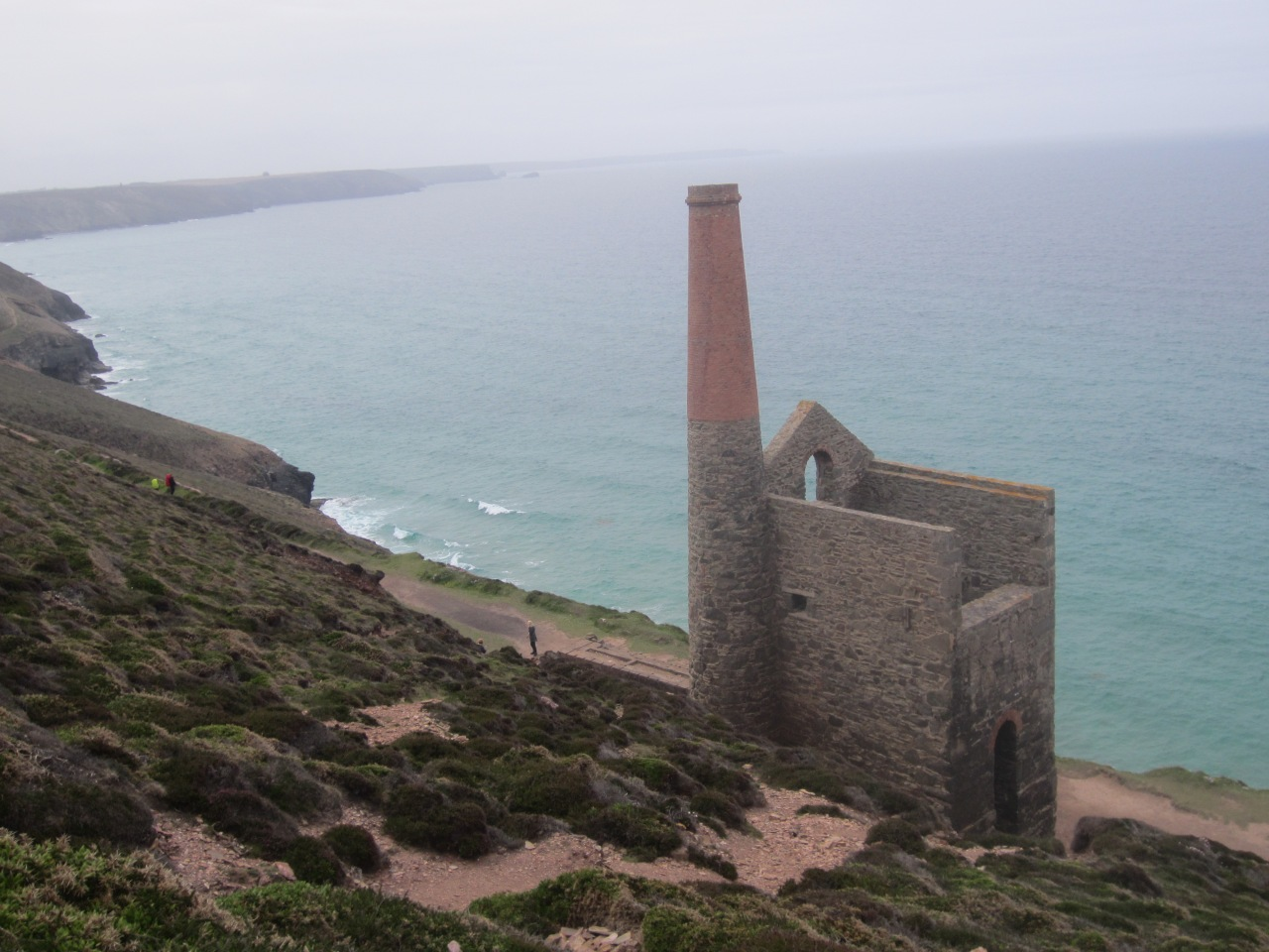 History and beachlife on the Porthtowan to Wheal Coates coastal walk